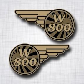 Kawasaki W800 gauche et droit