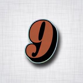 Chiffre 9 Noir et Orange prismatique ht 90mm