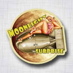 Pin-Up Moonlight Surprise