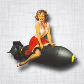 Pin-up Bombe Droit