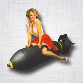 Pin-up Bombe Gauche