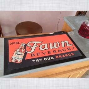 Tapis de comptoir Fawn Beverage
