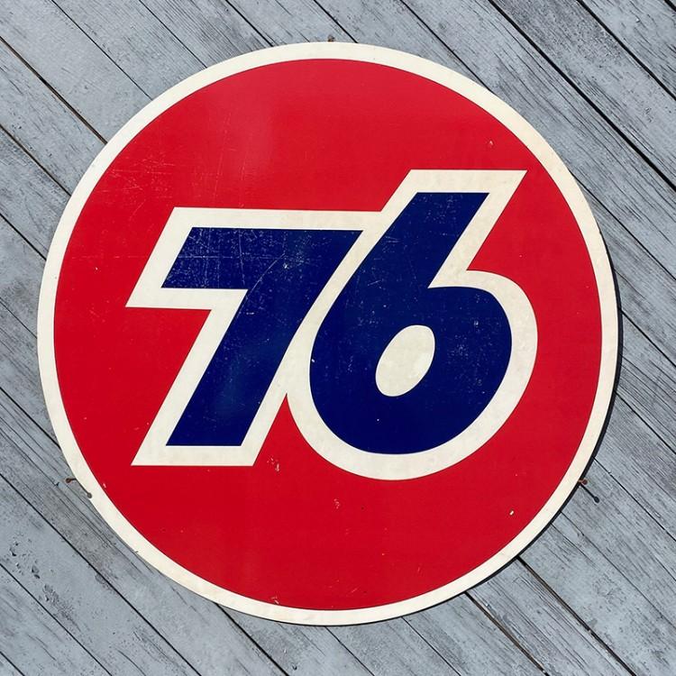 Plaque publicitaire Union 76 Gasoline usée