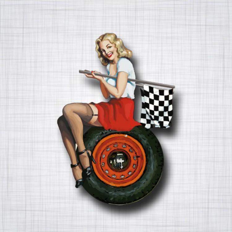 Pin-Up sur roue