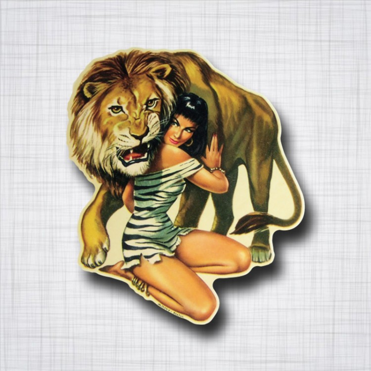 Pin-Up Lion
