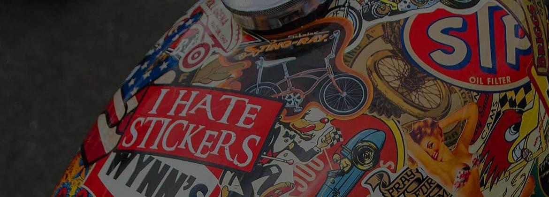 Plus de 1000 stickers vintages fabriqués par Stickersdeluxe.com