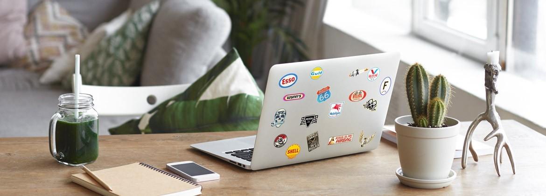 Planches de petits stickers imprimés en France par Stickersdeluxe.com